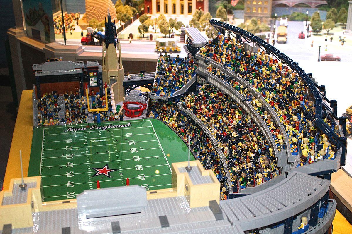 Legoland discovery center makes replica of gillette stadium for Replica mobel england