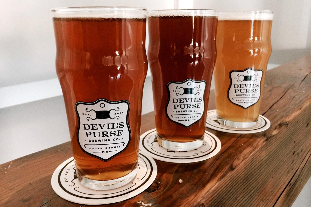 Pints of Devil's Purse Beer
