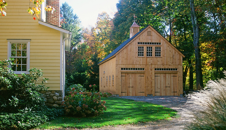 Ask the Outdoor Living Experts: What Makes a Masterful Barn, Garage