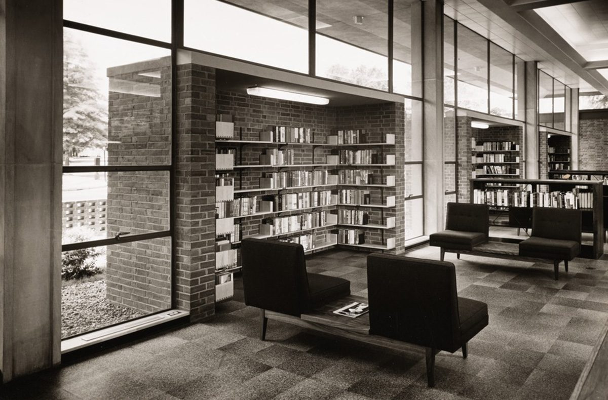 A Look At Massachusetts Midcentury Modern Libraries