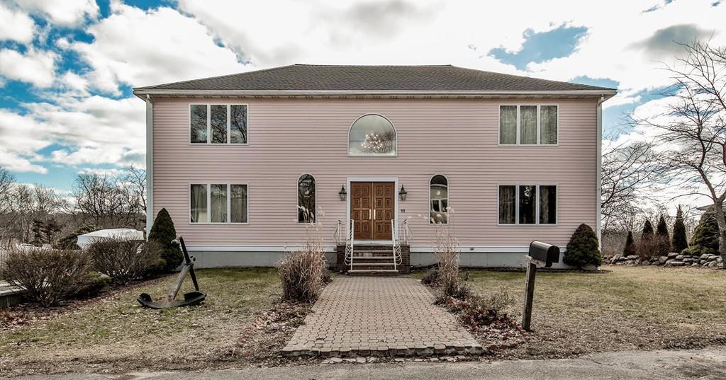 pink houses ma