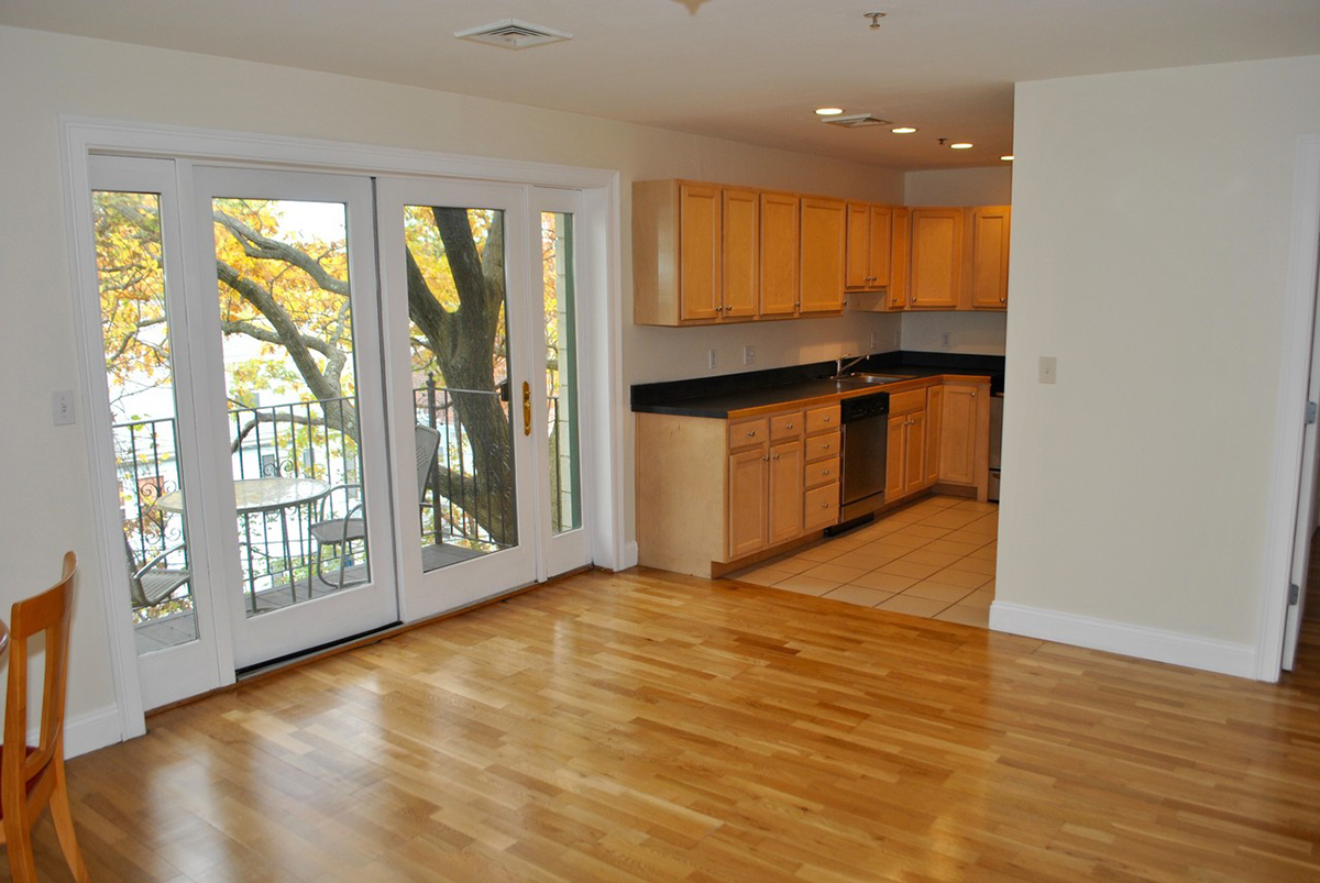 2 Bedroom Apartments For Rent Hyde Park Ma Riverside Park