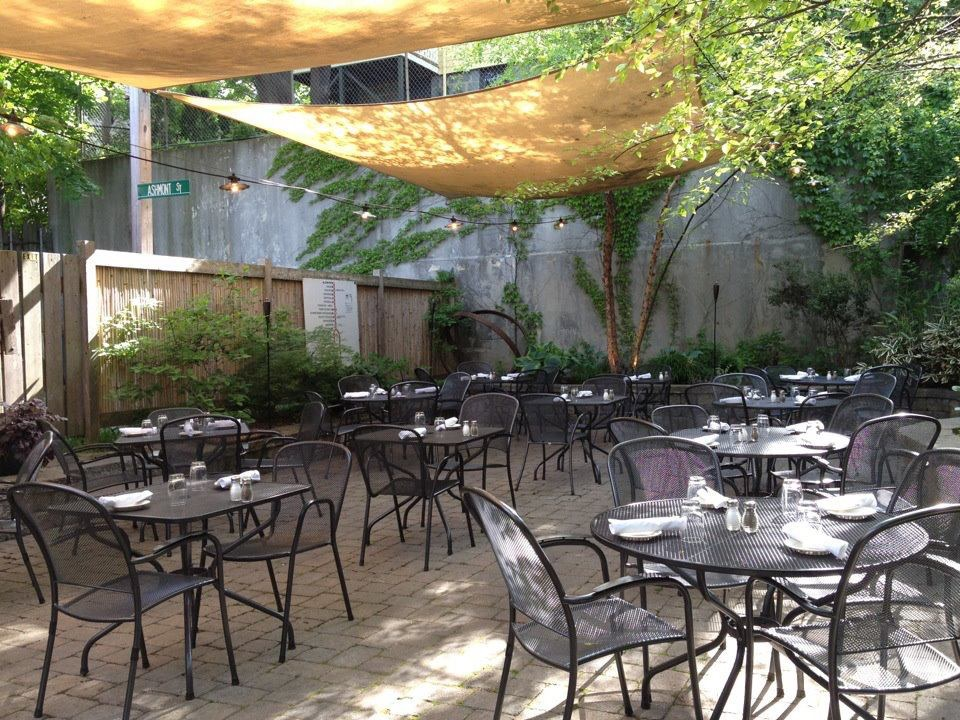 ashmont grill patio - Restaurant Patio