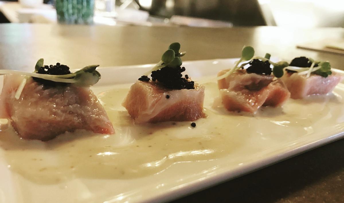 Toro sashimi at LoLa 42
