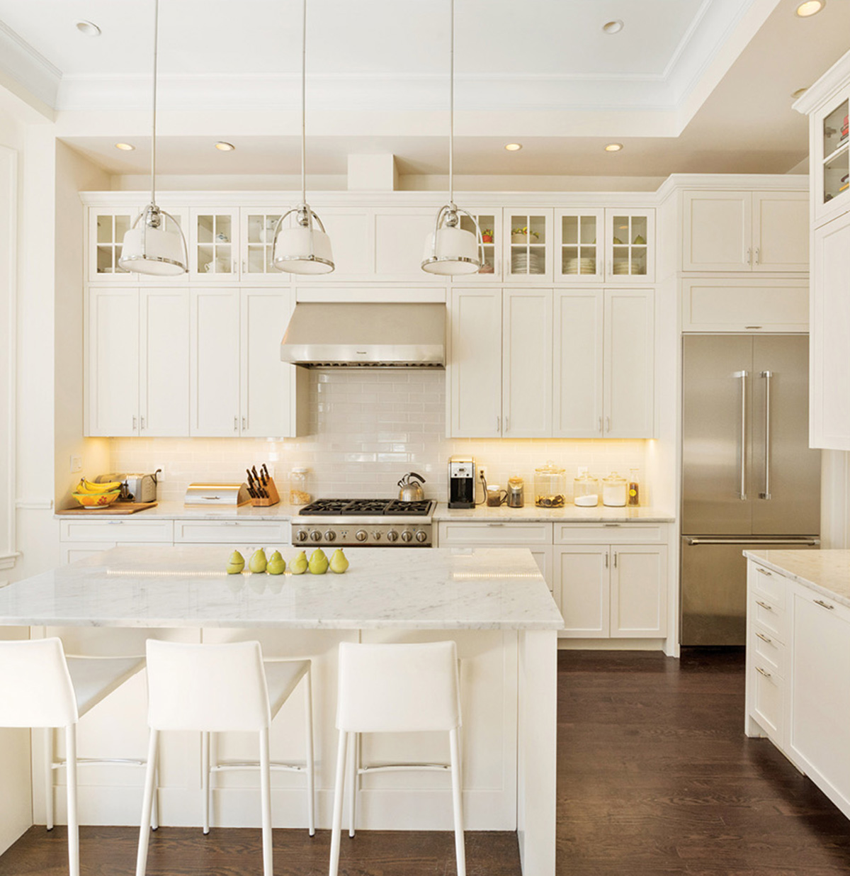 Either-Or: A Back Bay Brownstone vs. a Lakeside Hideaway – Boston ...