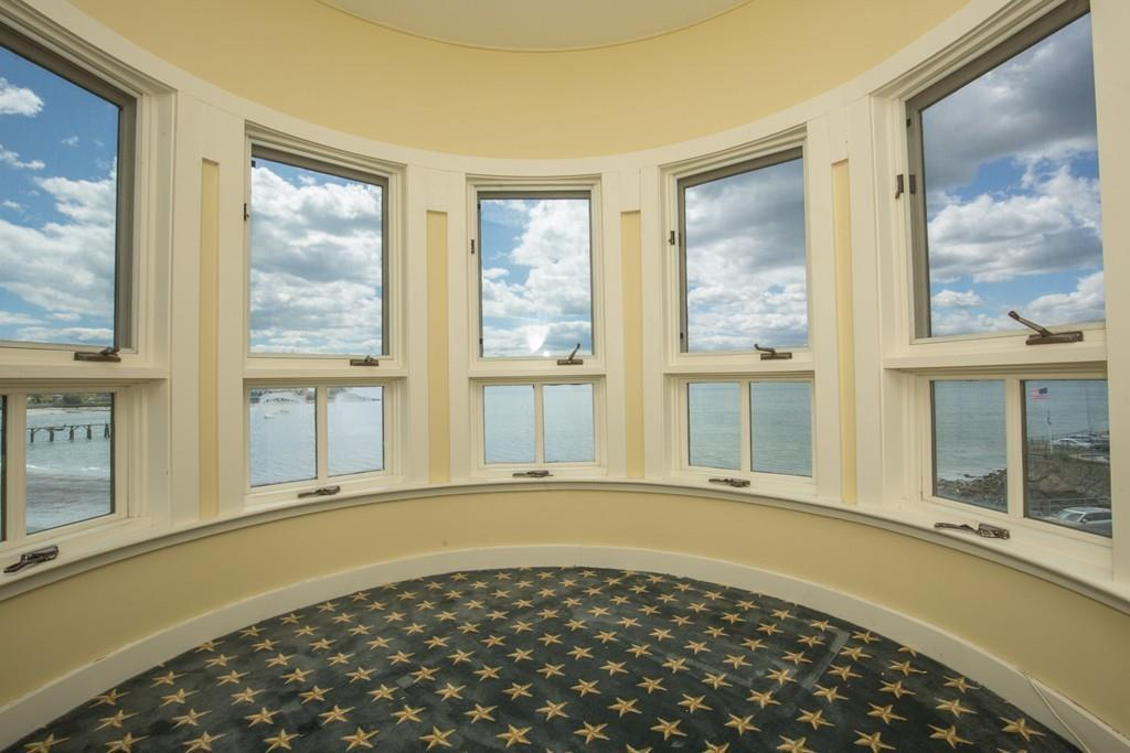 On the Market: A Queen Anne Victorian by the Sea
