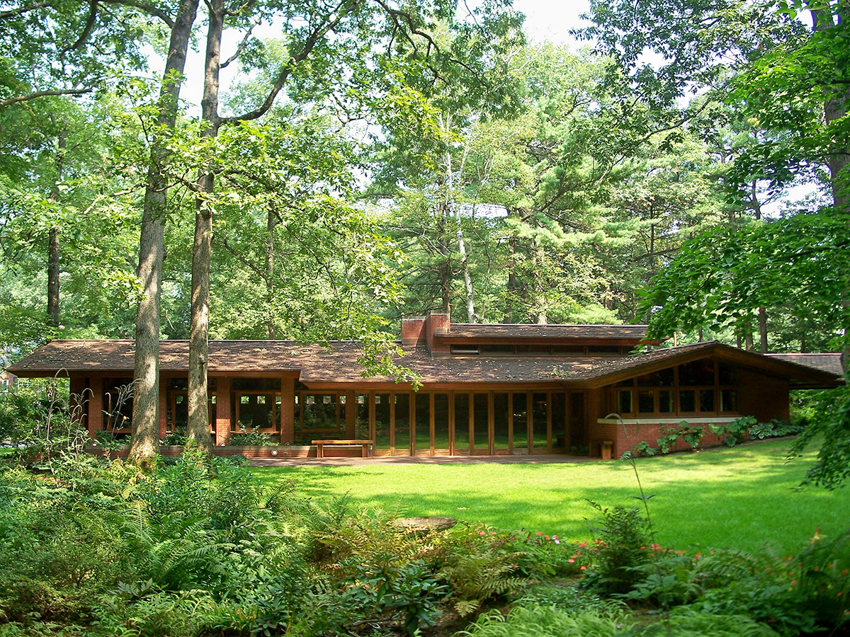 A frank lloyd wright designed house in nh is offering a for Zimmerman house floor plan