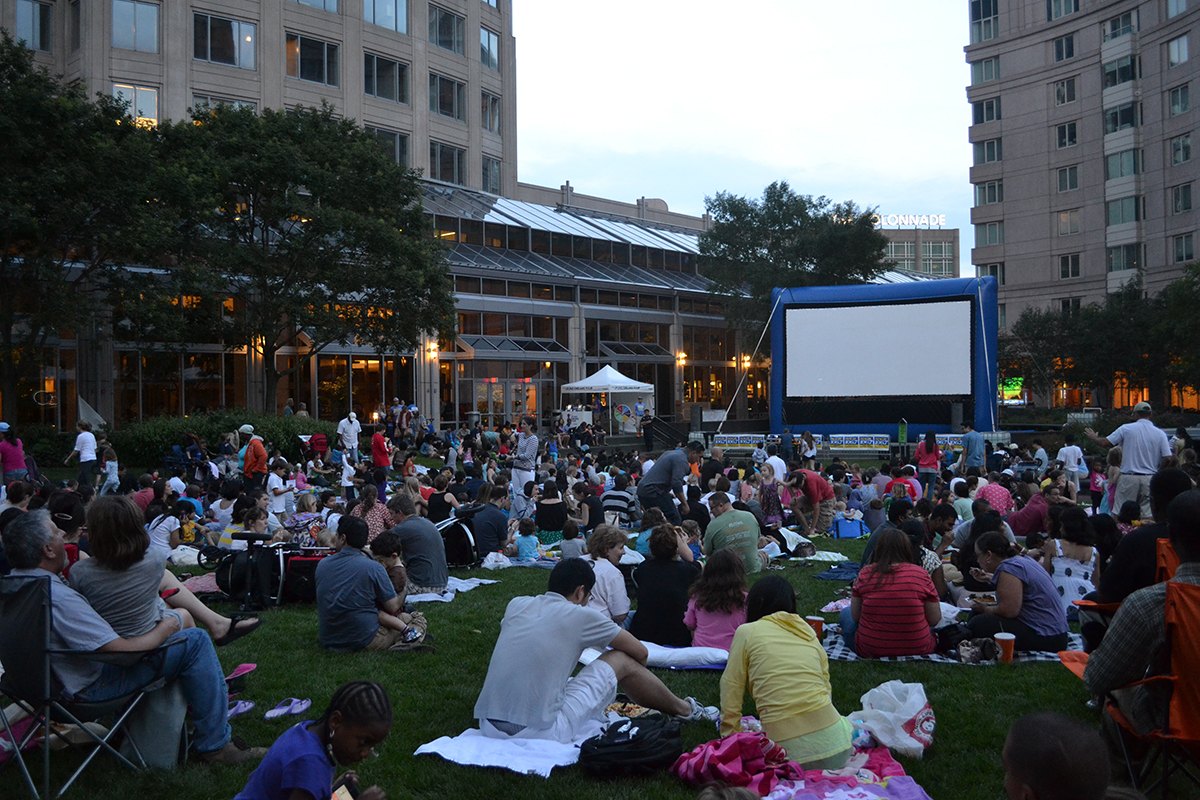 Free Concert At Hatch Shell July 30th >> Catch These Free Outdoor Movies In Boston This Summer