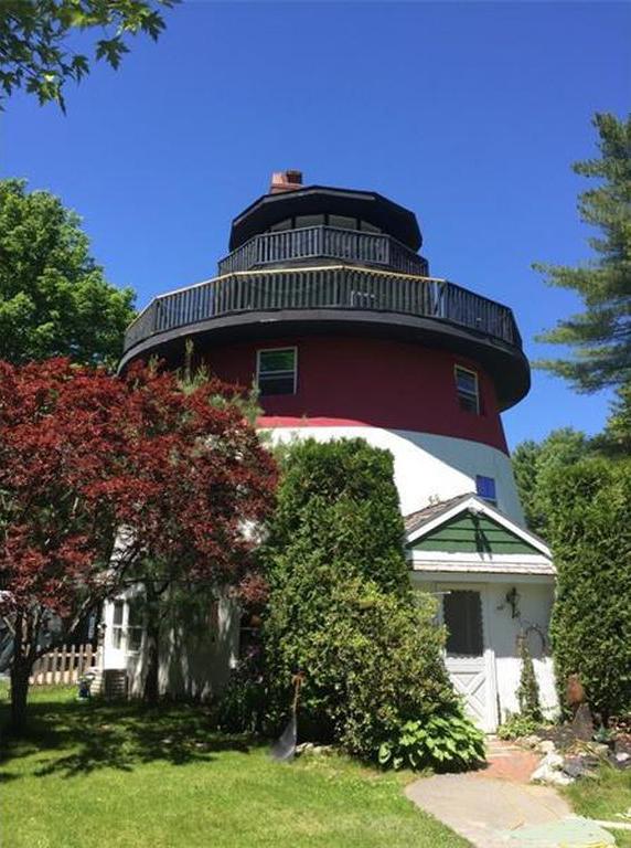 lighthouse home maine