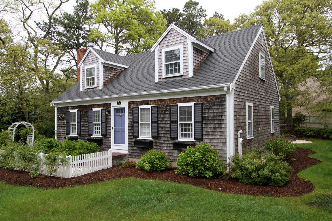 Garage Make Over Five Cape Cod Houses For Sale With Faded Cedar Shingles