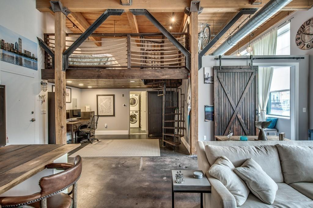 On The Market An Unconventional Loft In Chelsea