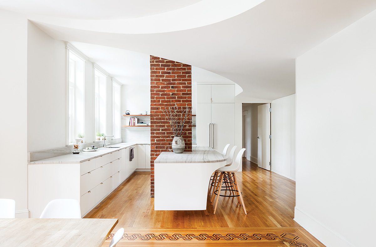 Brick Wall Kitchen Brookline Hours
