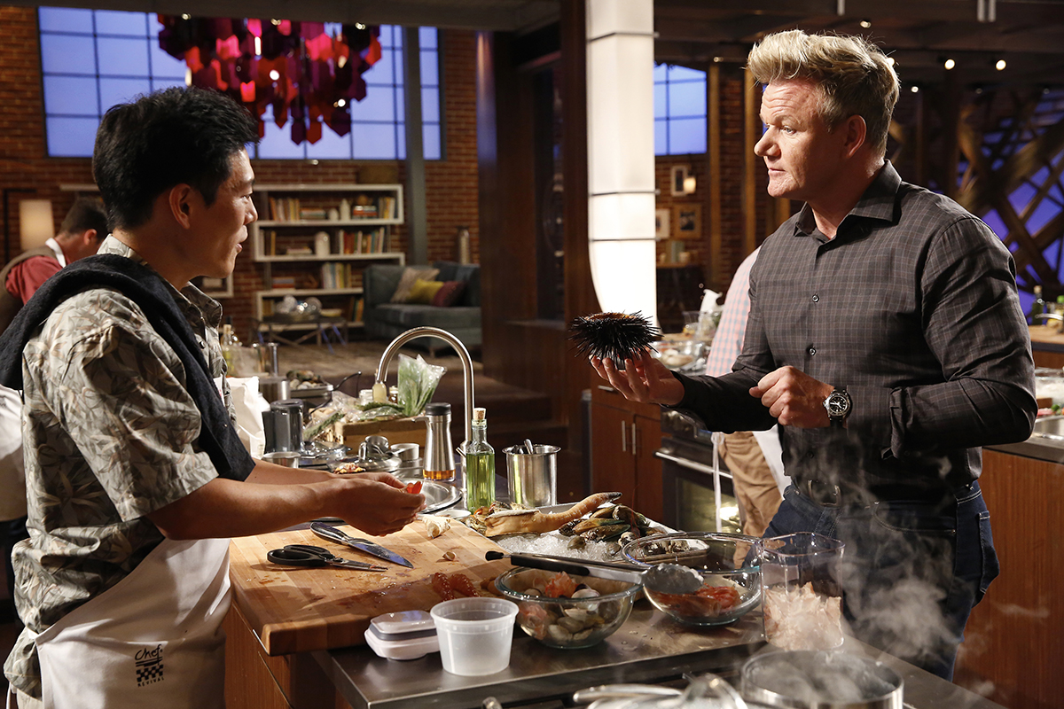 "MASTERCHEF: L-R: Contestant Jason and host / Judge Gordon Ramsay in the ""Shell-Shocked & Scrambled"" episode of MASTERCHEF."