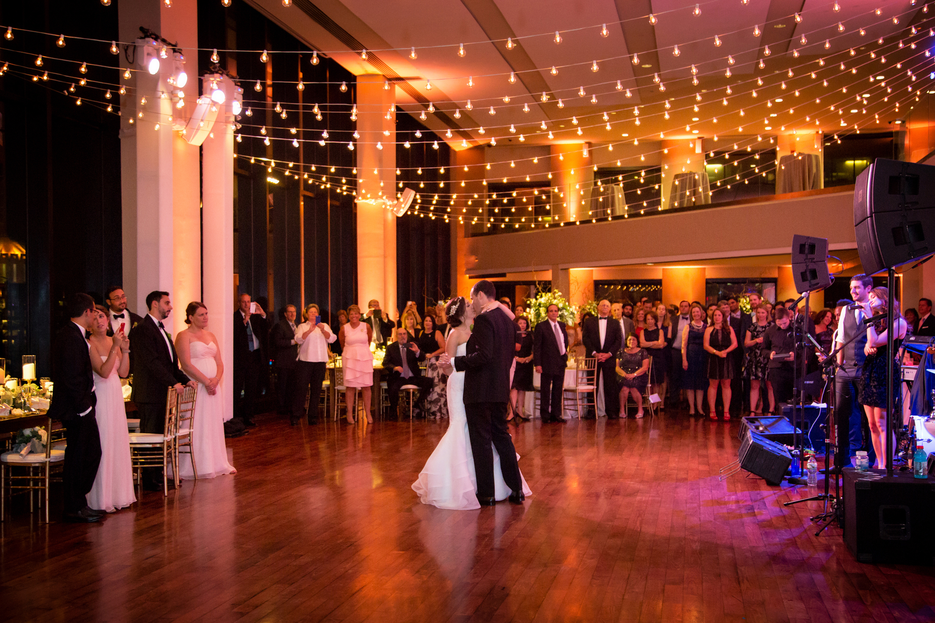 7 Expert Tips To Consider Before Choosing Your Wedding Venue