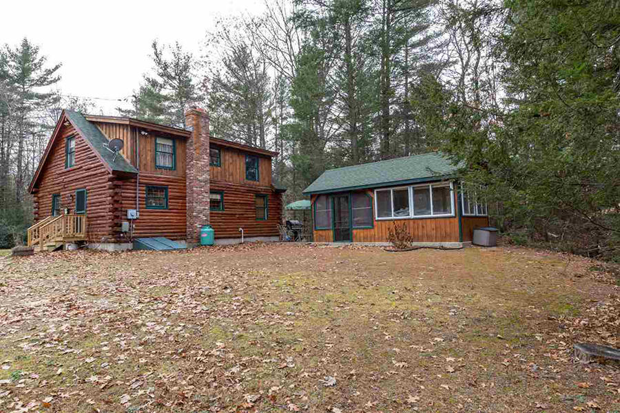 On the market a log cabin in new hampshire for New hampshire log cabins