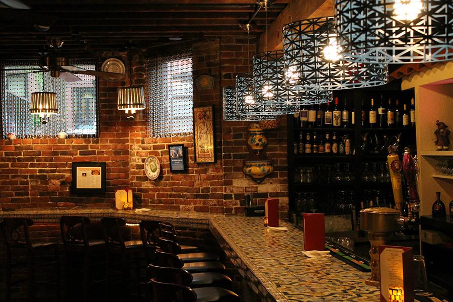 The bar at Tapeo