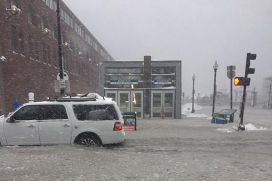 The snowy Aquarium stop