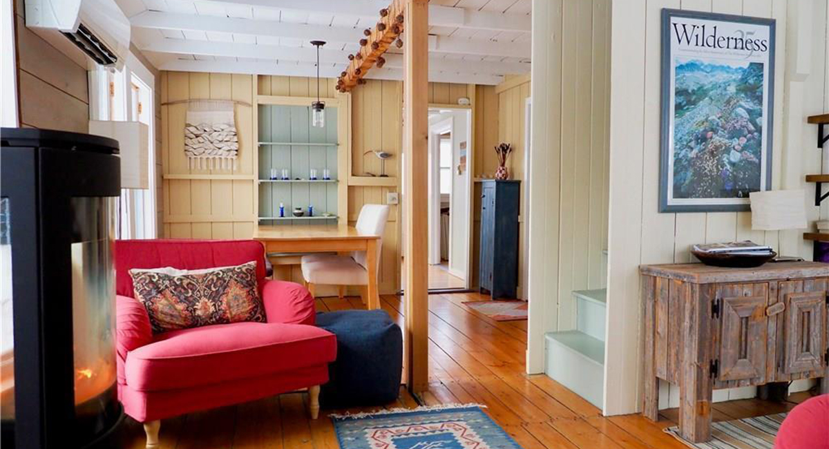 There's an Adorable Cottage for Sale on Peaks Island
