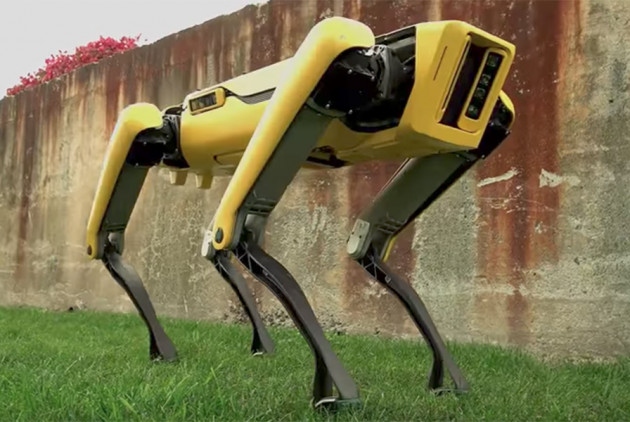 Jeff Bezos Walked with a Boston Dynamics SpotMini Robot