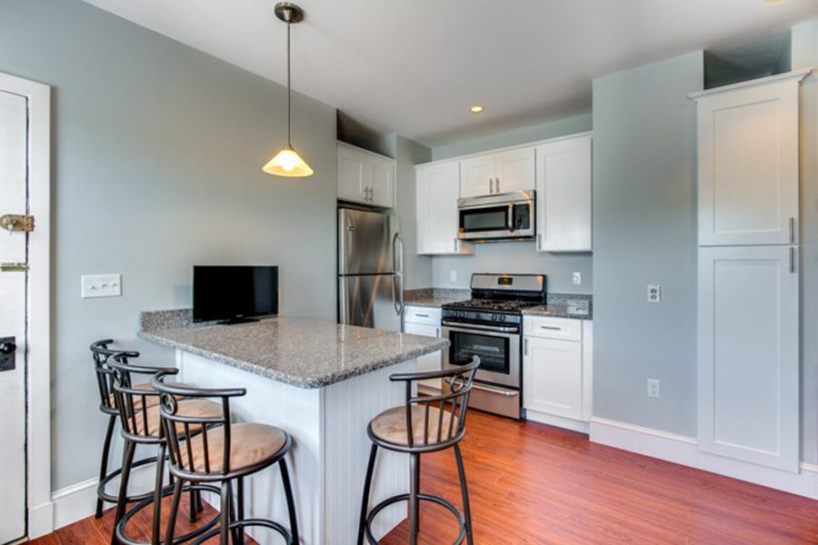 Five three bedroom apartments for 2 350 or less per month - 3 bedroom apartments in dorchester ...