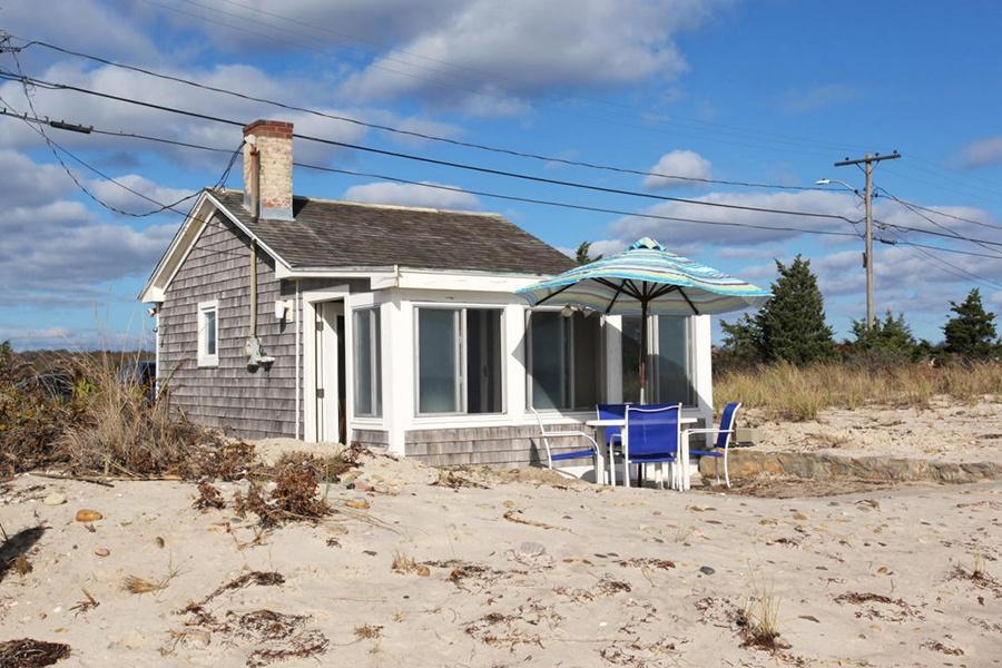 A Tiny House On Cape Cod Beach