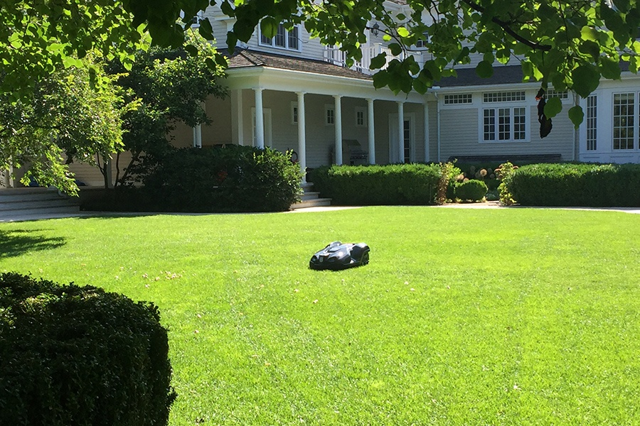 Robotic Lawn Mower Walpole NatureWorks