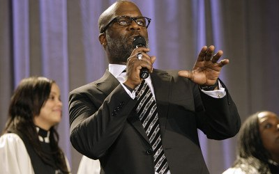 Gospel artist Bebe Winans sings during the Dr. Martin Luther King Jr. Commemoration and Realizing the Dream Awards, Sunday, Jan. 18, 2009, in Washington