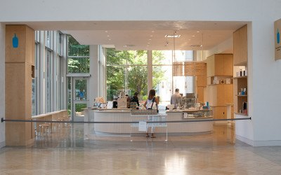 Blue Bottle Coffee is an open, airy space in the Prudential Center Court.