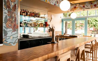 the main bar at Whaling in Okalhoma
