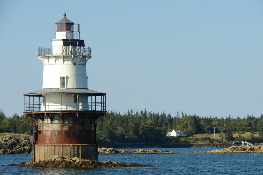 Fabulous Six New England Lighthouses You Can Stay The Night In Download Free Architecture Designs Scobabritishbridgeorg