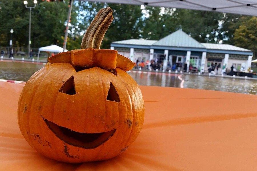 halloween events pumpkin float