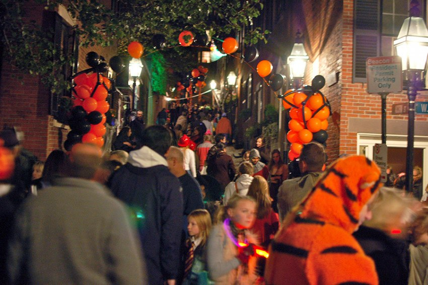 The Ultimate Guide to Halloween in Boston