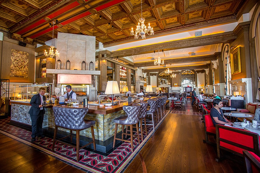 Oak Long Bar and Kitchen at the Fairmont Copley Plaza.