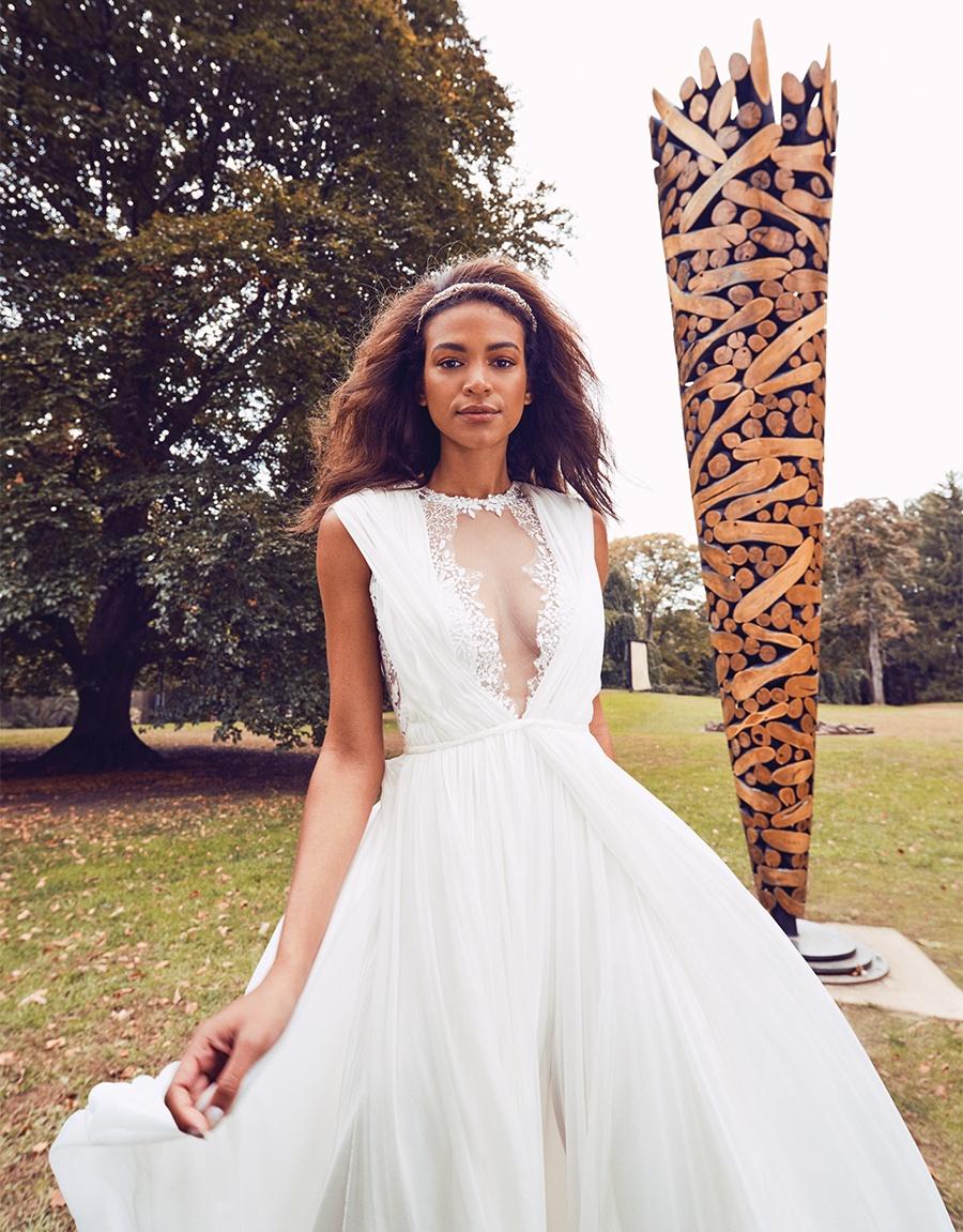 c95bb77ba0b Eight Spring 2019 Wedding Gowns Guaranteed to Stun
