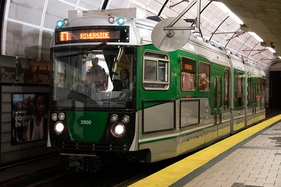 green line tufts