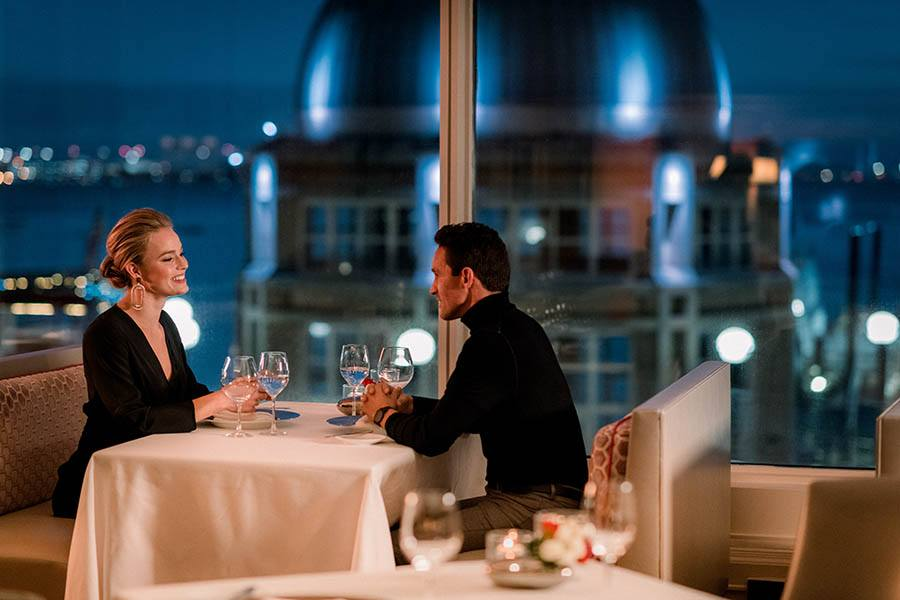 best dating restaurants in boston