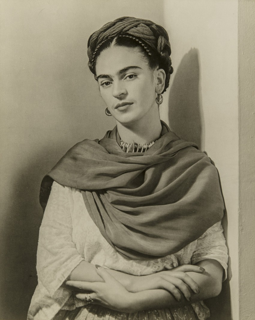 the first ever frida kahlo exhibit is on display at the. Black Bedroom Furniture Sets. Home Design Ideas