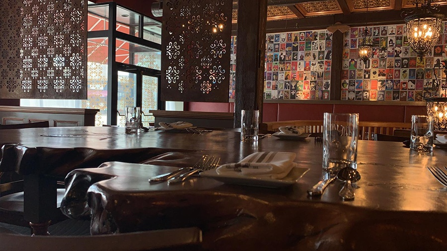 The upstairs dining room at Gustazo Cambridge