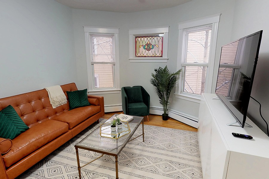 Bungalow co-living in Boston