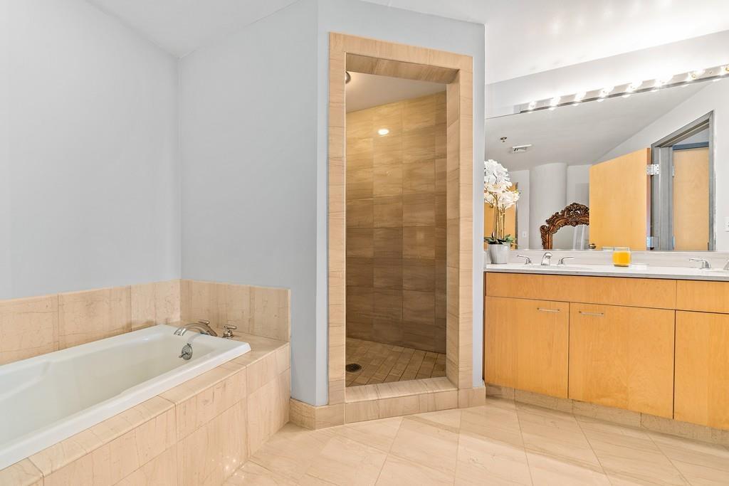 condo bathroom leather district