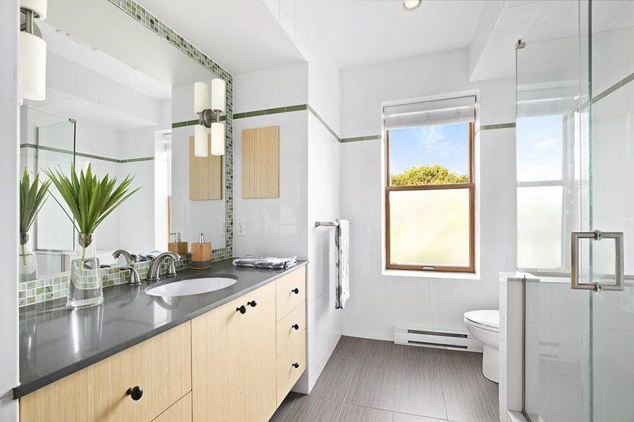 roxbury brownstone bathroom