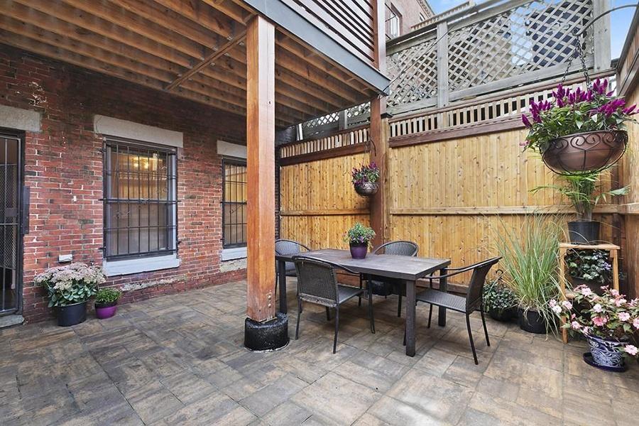 roxbury brownstone patio