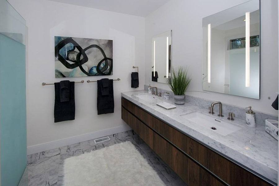 Wellesley bathroom