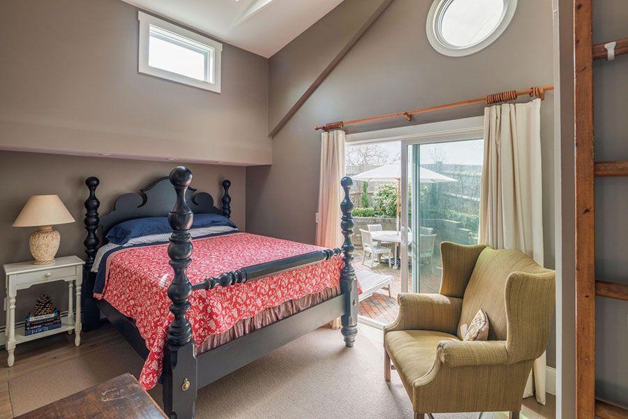 provincetown bedroom