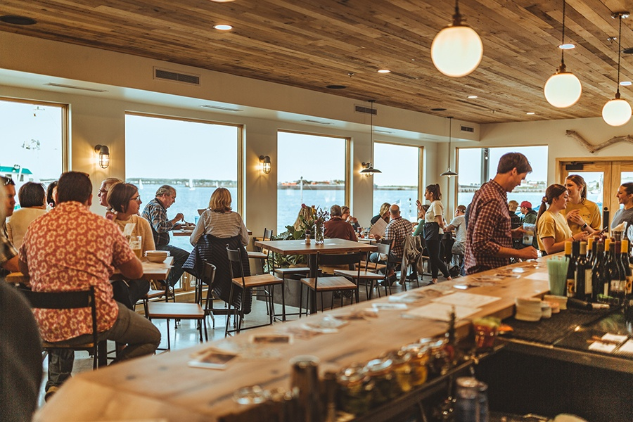 Luke S Lobster Opens A Full Service Seafood Restaurant In