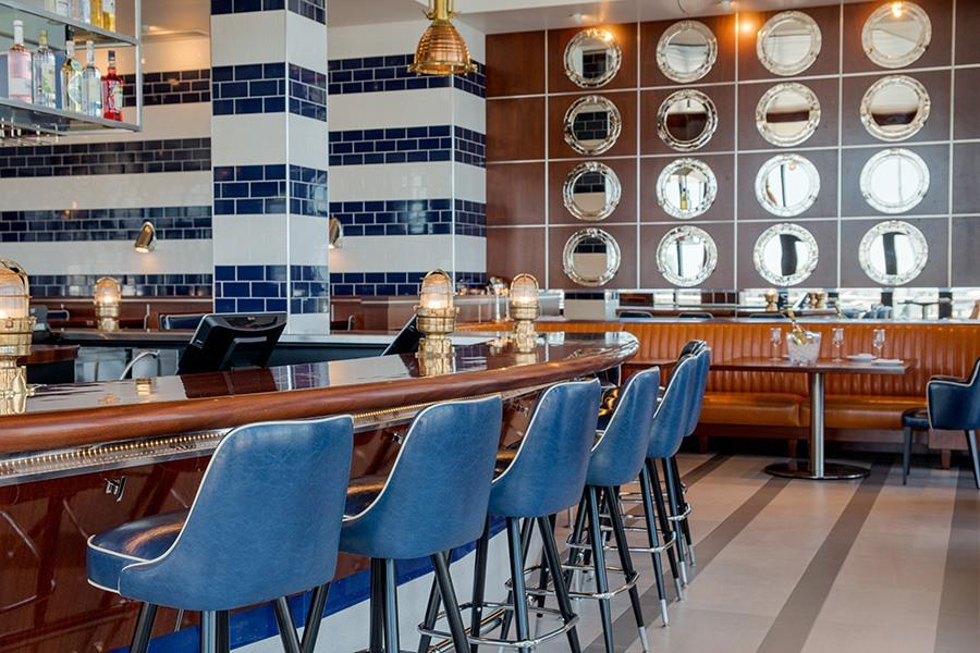 the bar at Reelhouse Marina Bay