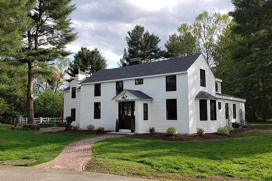 concord colonial farmhouse