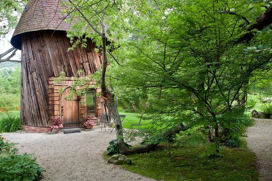 Massachusetts silo cottage