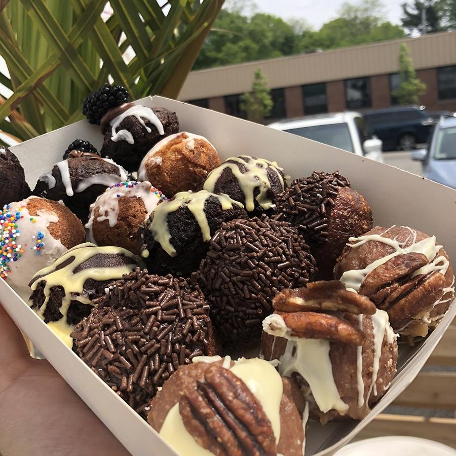 Mass Hole Donuts box