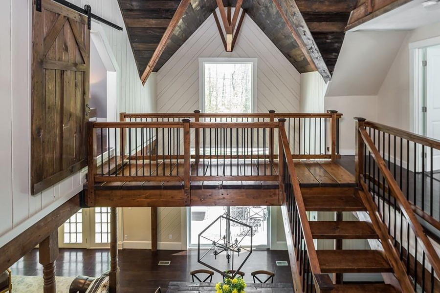 Cohasset carriage house